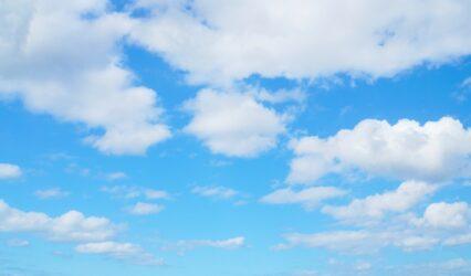 雲はなぜ白いのか(&雨雲はなぜ黒いのか)